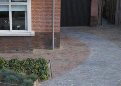 Bestrating en grindpaden - Hoveniersbedrijf Robert Sterk Hilversum - oa Tuinaanleg Tuinonderhoud Tuinontwerp  (11)